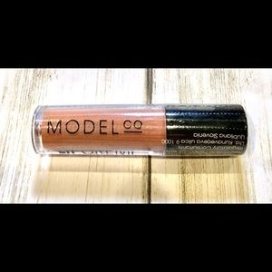Model Co- Peachy Nude